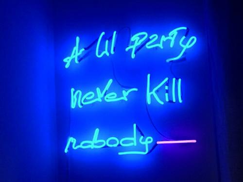 Molto NeonArt | Crea il tuo neon su misura MV92